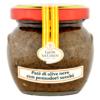 Paté of black olives with dried tomatoes